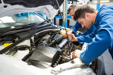 Reasons Why You Need To Hire The Top Diesel Mechanic Service